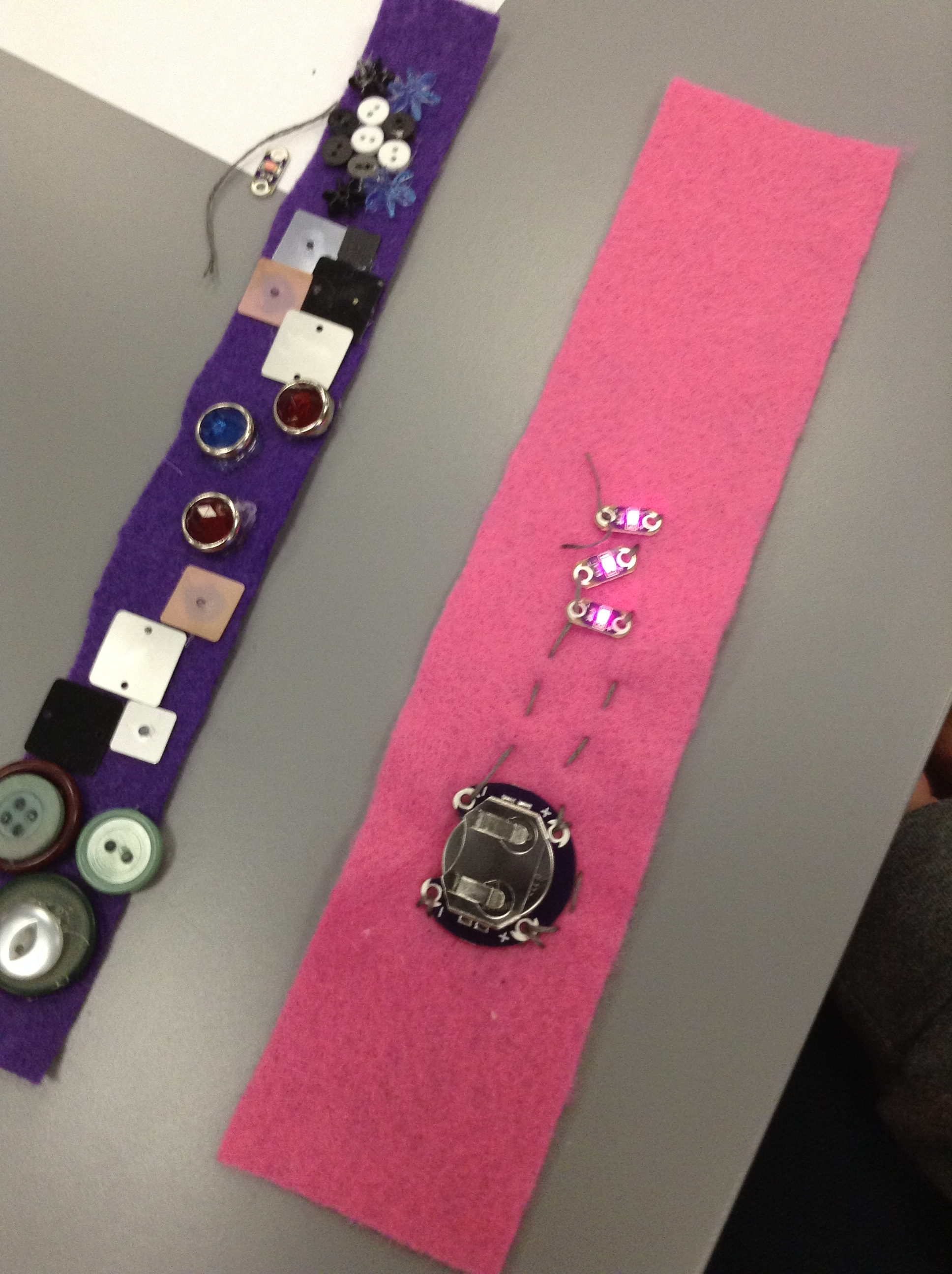 Sewing Circuits At Dpl Create Collaborate Innovate Circuit Lessons For Elementary And Middle School